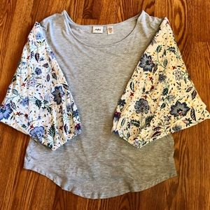 Daytrip Gray Floral Top with Bell Sleeves
